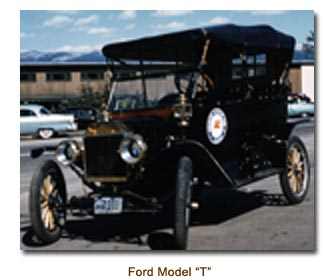 Modle T Ford. In 1911 or 1912 the first automobiles came into the town of ...